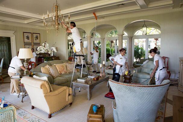 نظافة الفلل لابد من مساعدة ربة المنزل بها